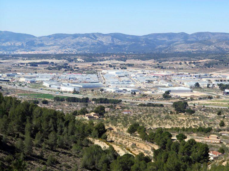 El PSOE de Ibi propone desarrollar el polígono NPI-5.1 mediante gestión directa, adquisición municipal de los terrenos y venta por precio tasado